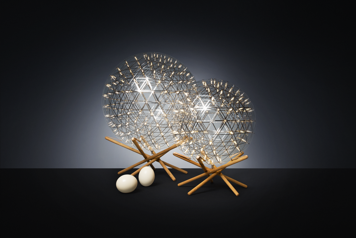 Poetic composition Raimond Tensegrity floor lamp two sizes