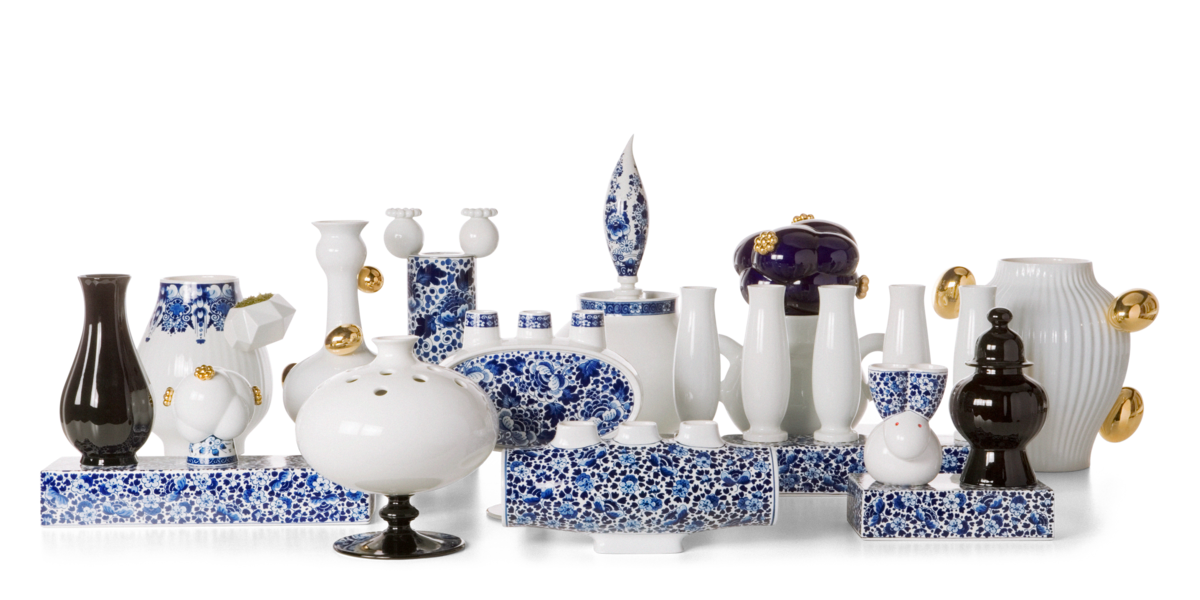 Delft blue all vases group