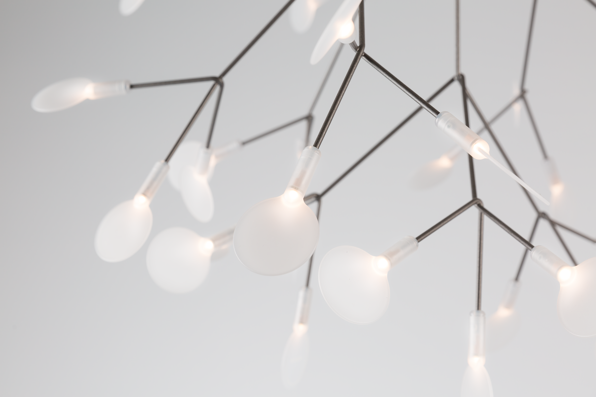 Heracleum suspension light detail 1