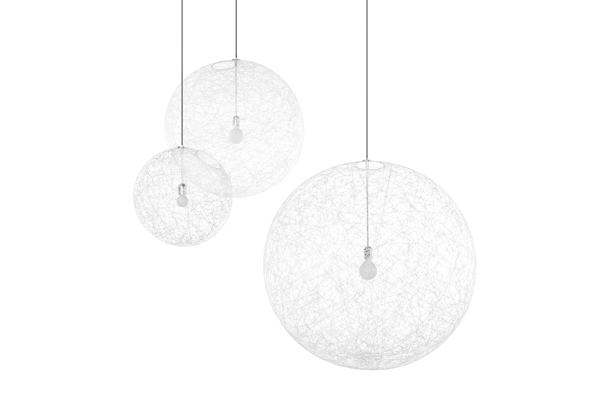 Random Light suspension white composition of three lamps of different sizes