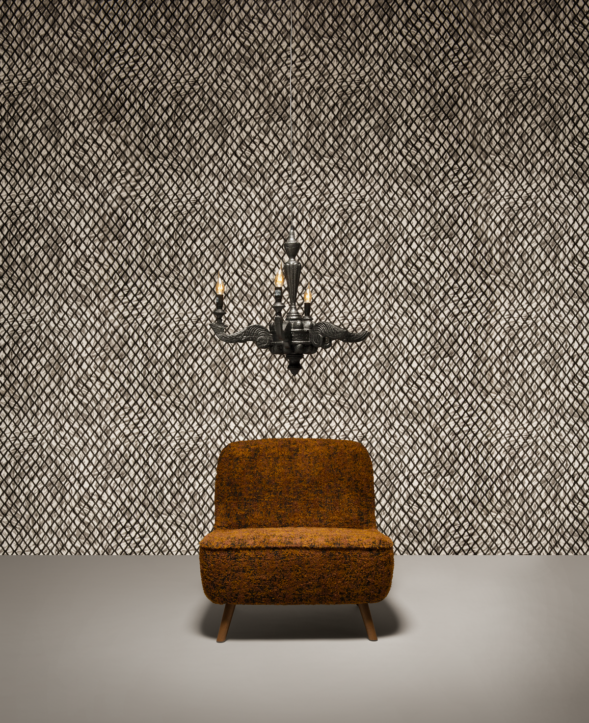 Poetic composition Cocktail Chair, Smoke Chandelier and Moooi Wallcovering